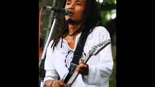 Download Mp3 Den Basito - Nyanyian Lirih