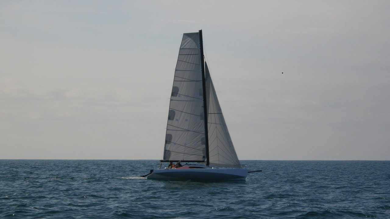 Trimaran Farrier F25A by Nico Tr