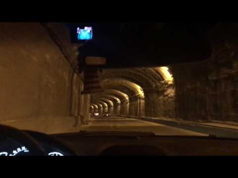 Tbilisi CL55 AMG and E55 AMG in Tunnel