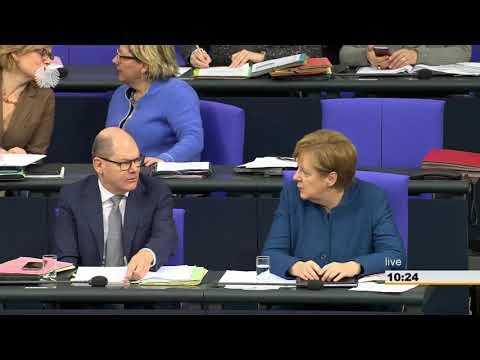Sahra Wagenknecht und #aufstehen im Bundestag