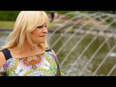 Corry Konings - Het Heeft Geen Zin Meer Om Te Huilen (Officiële Video Clip)