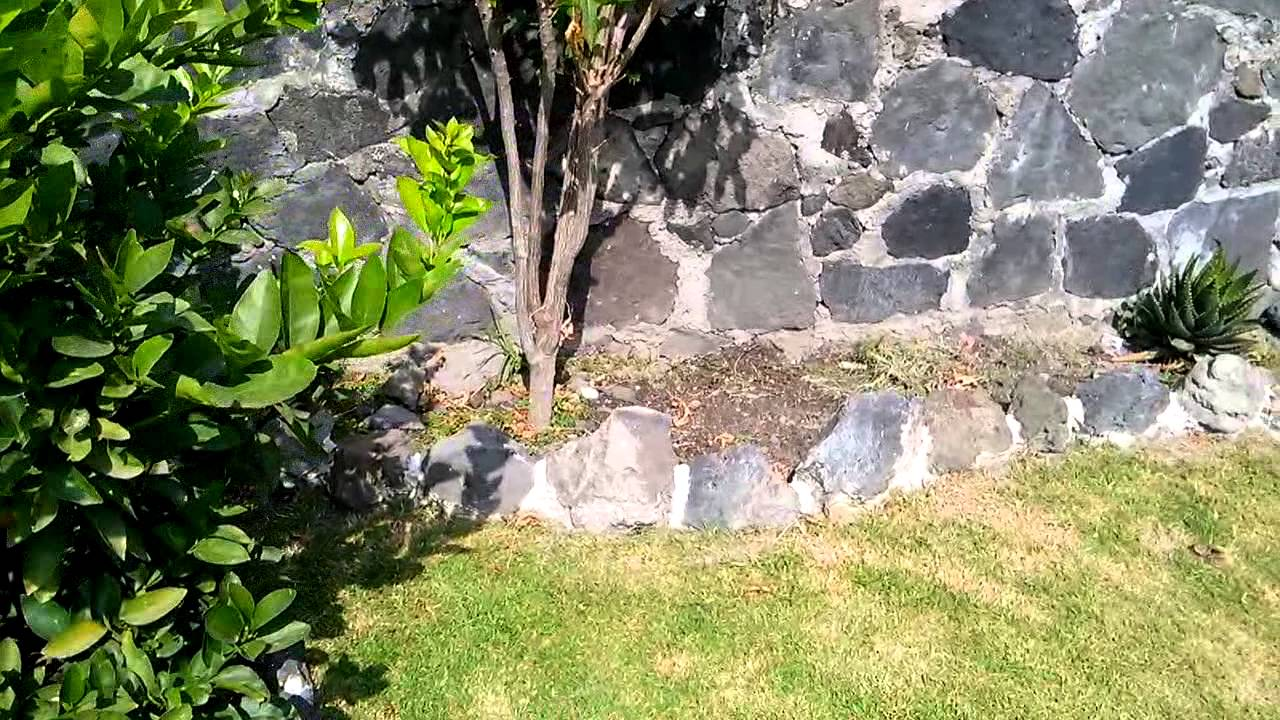 Jardines r sticos youtube for Bancos de jardin rusticos