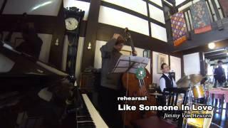 バド・パウエルがこよなく愛した曲です。オレが弾くと何故か、(セロニアス・モンク+セシル・テイラー) ÷ 2 っぽくなるんです。聴いてくんちょ.