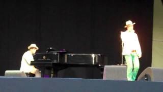Rufus Wainwright Zing went the strings of my heart Kenwood 3 July 2010
