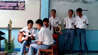 Day afternoon - keroncong perpisahan (cover by Smk Bina profesi kota Bogor)
