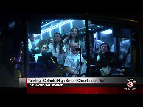 Teurlings Catholic High School cheerleaders win at national event