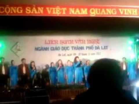 Hermann Gmeiner Đà Lạt - Hội nghị chào mừng ngày nhà giáo VN 20/11/2012 (Hát Tốp)