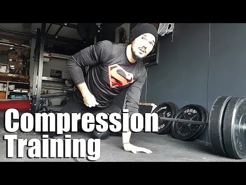Benefits of Compression Wear for Training | Deadlift Workout