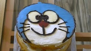 ドラえもんのキャラクターケーキを作ってみました。 I tried to make a Doraemon cake