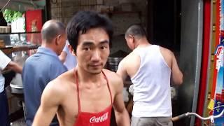 видео Самостоятельное путешествие в Китай (остров Хайнань). Пляжный отдых в Китае. Билеты на самолет Москва - Хайнань