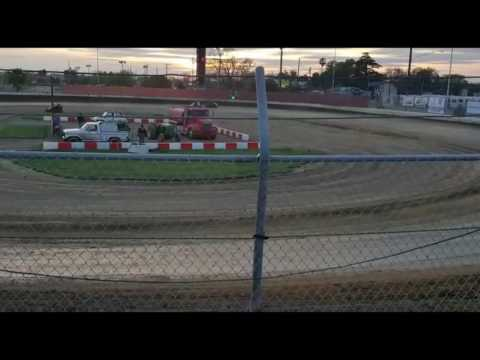 V&H Fresh driver taking me out on a practice day after I did a perfect slide pass, Delta Speedway