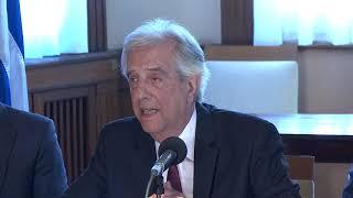 Vázquez presentó a Lacalle propuestas sobre la cuenca del Santa Lucía y medicamentos de alto costo
