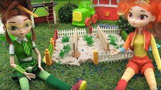 Куклы Сказочный Патруль. Видео для детей про цветы и гусеницу