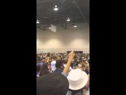 Man gets removed from stage at Clark County Democratic Convention