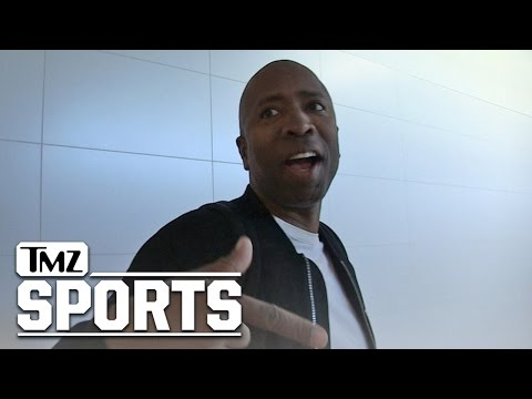 Kenny Smith Brought Michael Jordan and Barkley Back Together | TMZ Sports