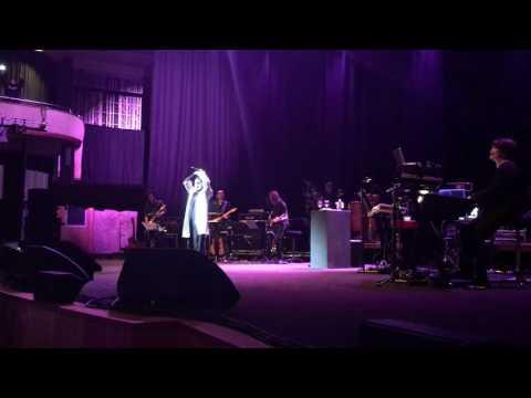 Ella - Sembilu (Live in Singapore 2017)