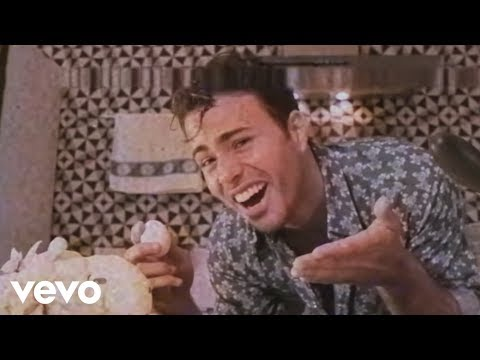 Lagum - Deixa (Videoclipe) ft. Ana Gabriela
