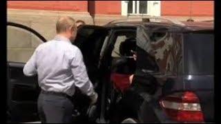 Срочно! - Путин забрал Кабаеву с ДЕТЬМИ в свое АВТО!