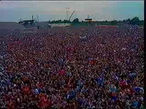 Springsteen - Chimes of freedom - East Berlin 1988