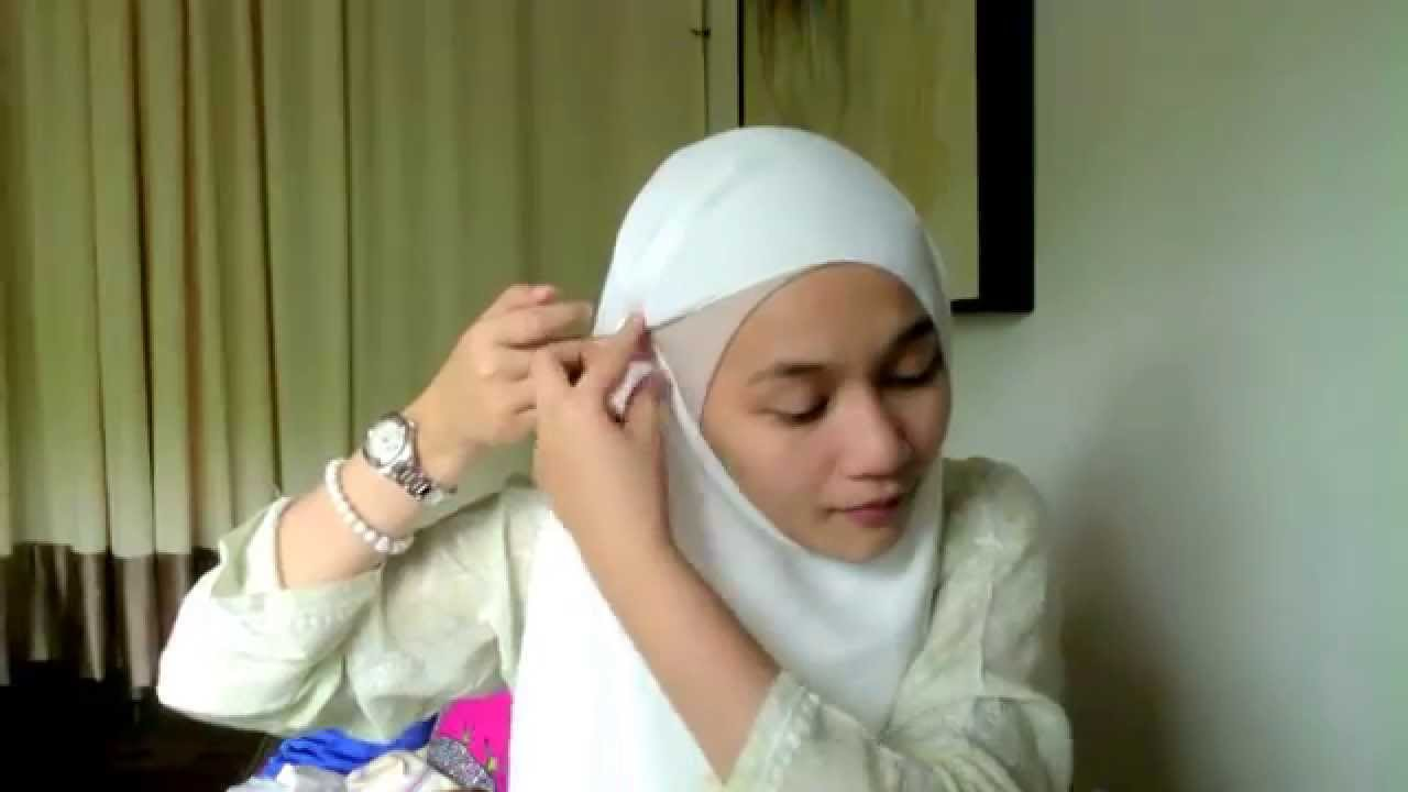 Hijab Tutorial for dUCk scarves - YouTube