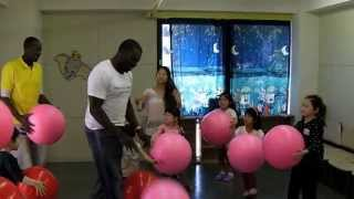 ボビーオロゴンカリキュラム総監督指導 in Kadena American Preschool.