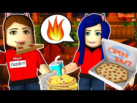 MAKING OUR OWN PIZZA TYCOON SHOP IN ROBLOX!