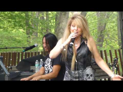 VIXEN Streets In Paradise LIVE M3 festival Mayland April 29,2017 part 1