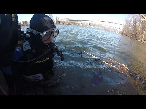 New Years Scuba Dive in the Ohio River