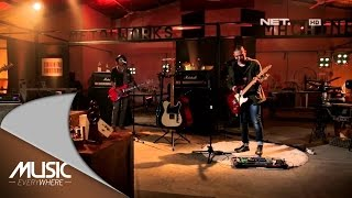 Video The Rain - Terlatih Patah Hati (Live at Music Everywhere) * download MP3, 3GP, MP4, WEBM, AVI, FLV Maret 2018