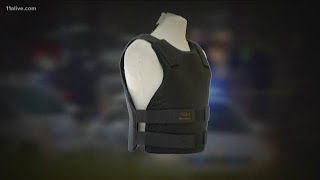 Here's what it feels like to be shot in a bullet-proof vest