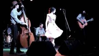 The Hunters - Run that by me one more time - Live at the CMM 2011