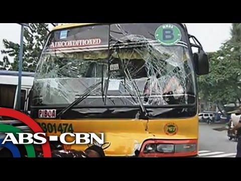 Bus, sumalpok sa isa pang bus; 10 sugatan
