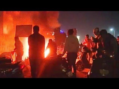 Padmaavat protests in Gujarat: Vehicles set on fire, shops vandalised near this mall of Ahmedabad