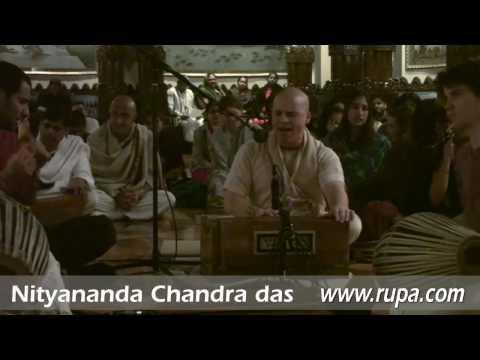Bhajan - New Year's Eve 2010 - Nityananda Chandra das - 7/22