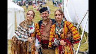 За несравнимата българска красота, облечена в носия