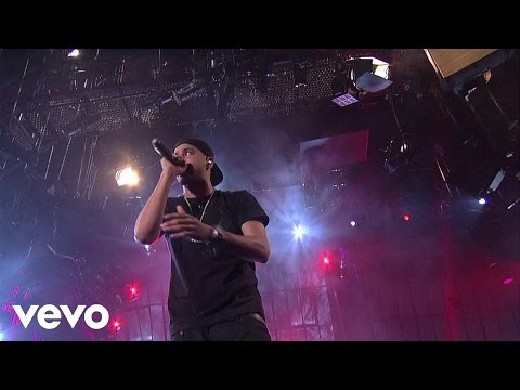 J. Cole - Can't Get Enough (Live on Letterman)