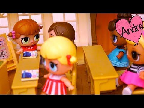 Muñecas L.O.L. tienen nueva estudiante en la escuela | Juguetes con Andre para niñas y niños