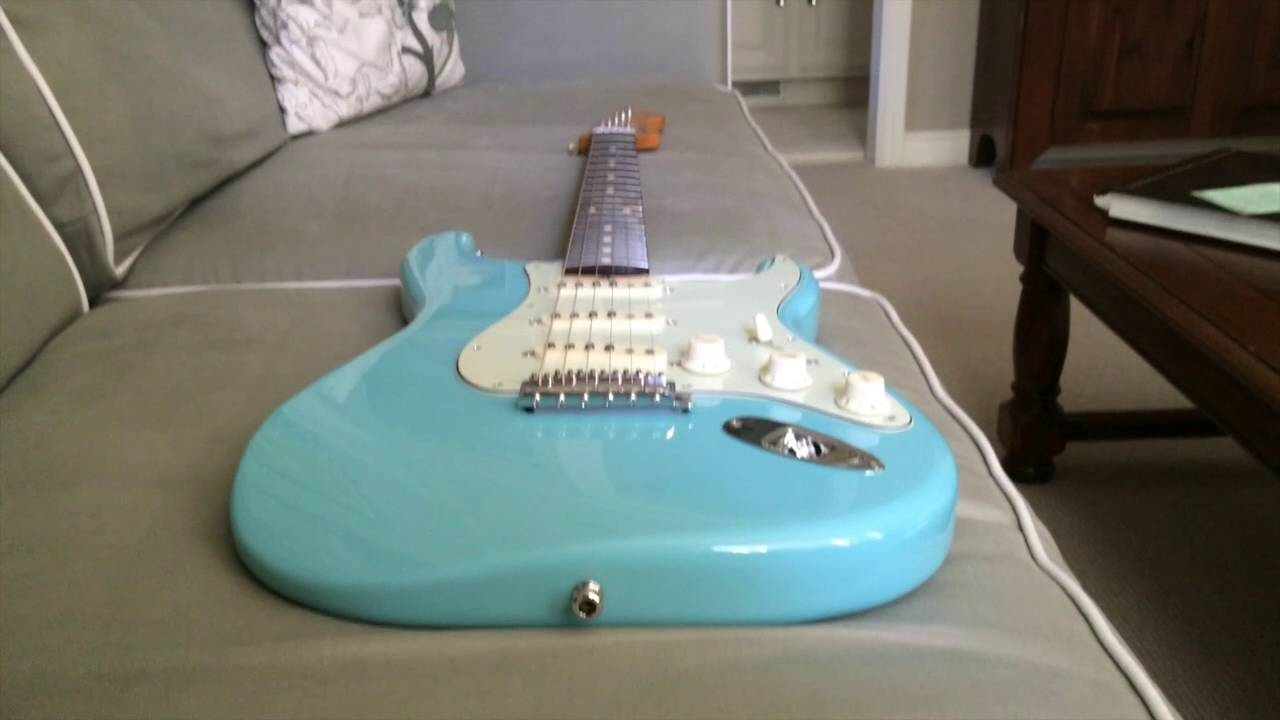 Baby Blue Fender Stratocaster Review