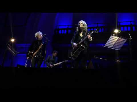 Shel Lynne & Allison Moorer  Alabama Song @ Cadogan Hall, London, 30012018