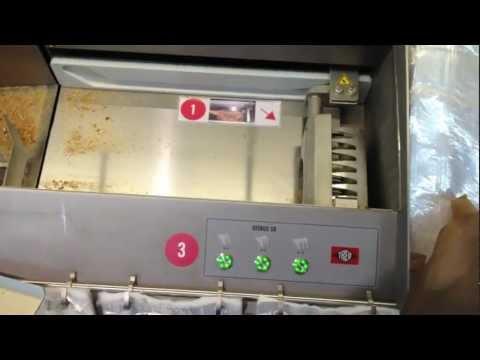 Brotkauf bei Lidl (mit Schneidemaschine zum Selbstbedienen)