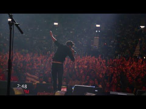 Manic Drive - VIP (Live at Air Canada Centre)