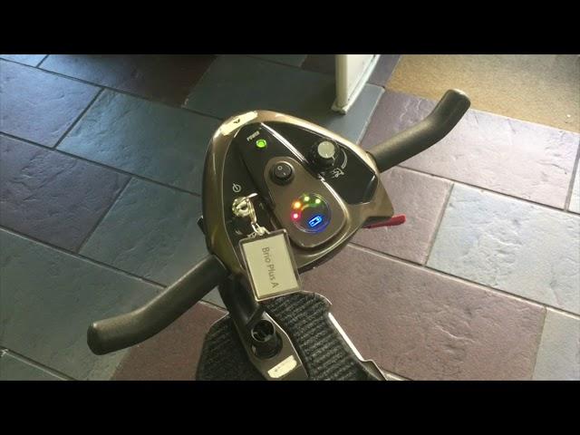 Apex i-Brio Plus scooter de movilidad plegable de alquiler