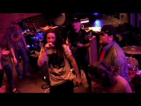 "Alcyon Massive ft. Nahko aka Mista Chief ""AINT IT FRESH"" Live"
