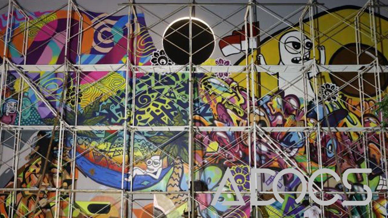 Seni mural merekam sejarah kalijodo youtube for Mural kalijodo