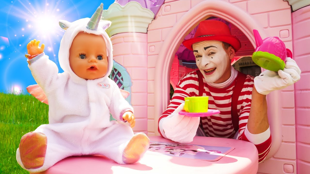 A tea party in the Princess castle with Baby Born doll! Baby Dolls & toys for kids.