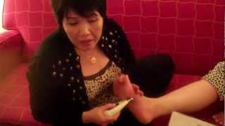 Video | Phương pháp bấm huyệt ở bàn chân | Phuong phap bam huyet o ban chan