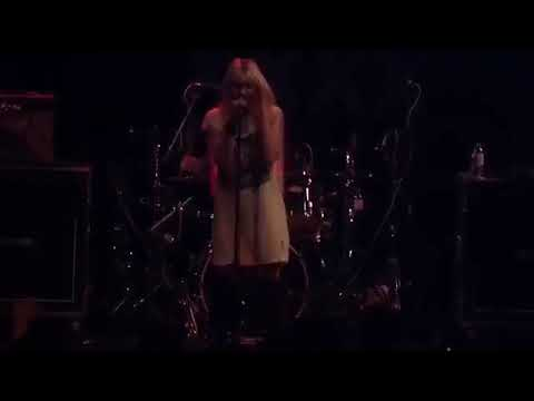 The Pretty Reckless - Goin' Down -  The Medicine Tour Tour Live
