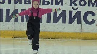 Фигурное катание видео дети 4 года. Результат полгода занятий в секции. 4 Year-Old Figure Skater