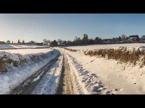 Sound Of Walking On Snow & Ice / Winter Scenery