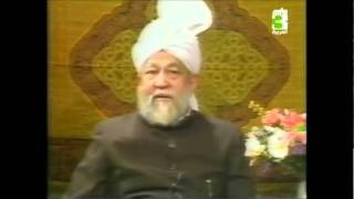 What is Jama'at Ahmadiyya's view in the respect of Jihad? How the Jama'at is doing Jihad?